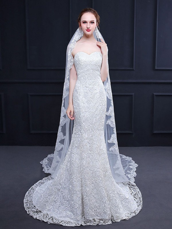 Trending Tulle With Lace Long Wedding Veils
