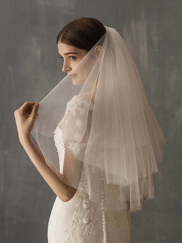 Excellen Tulle Two-Tier Elbow Bridal Veils