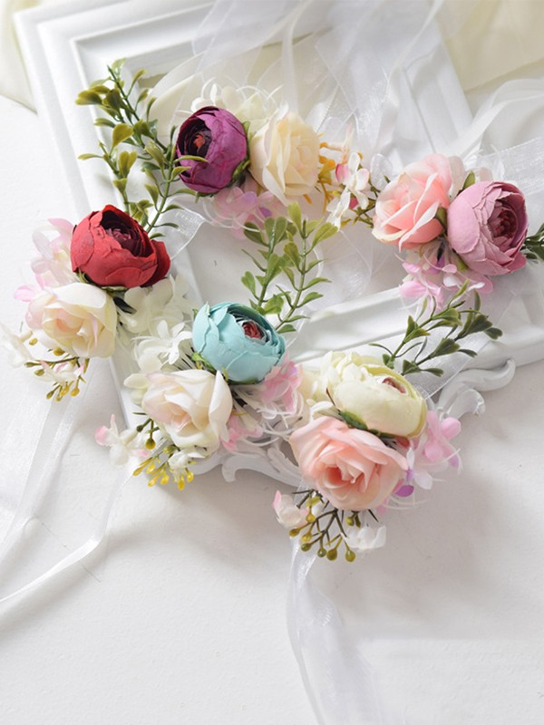Blooming Cloth Wrist Corsage