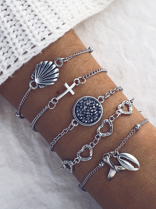 Gorgeous Alloy With Shell Bracelets(5 Pieces)