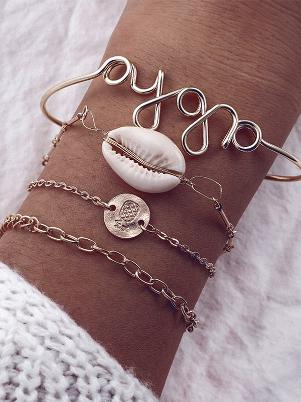 Exquisite Alloy With Shell Bracelets(4 Pieces)