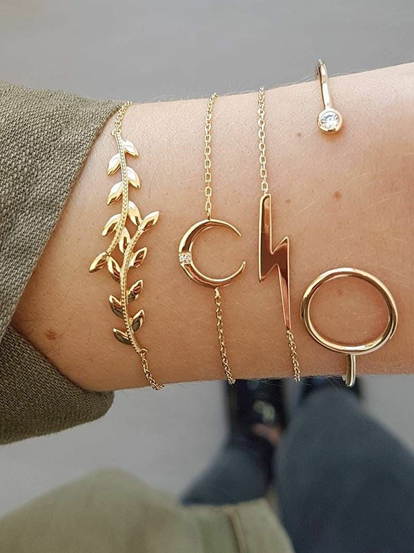 Cute Alloy With Moon/Leaf Bracelets(4 Pieces)